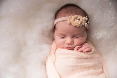 Oskaloosa Iowa Newborn Photographer